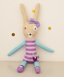 Lucy, la conejita- La pequeña Galeria